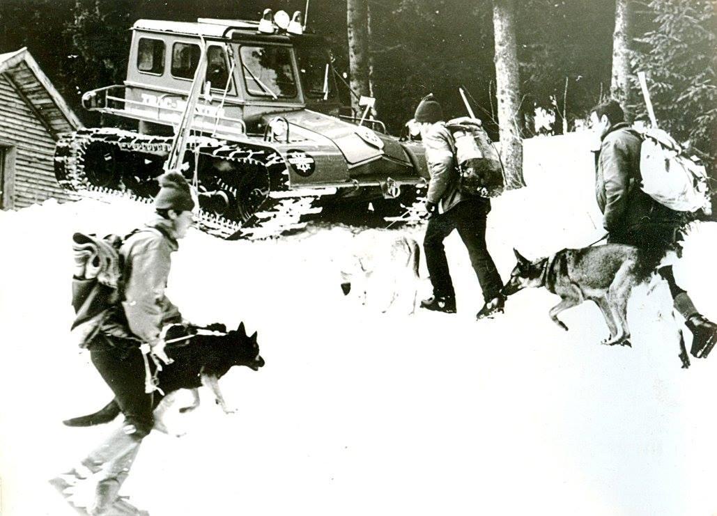 Първите снежни машини в ПКСС